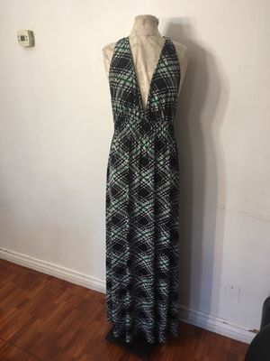 Green and black maxi dress size large for Sale in Ontario, CA