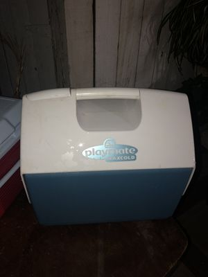 Playmate Elite Cooler, Top push-button for easy one-hand opening By Igloo for Sale in Rancho Cucamonga, CA
