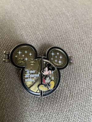 Disneyland Mickey Pin for Sale in Jacksonville, NC