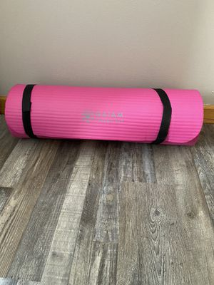 Yoga Mag With Work out Band for Sale in Plainfield, IL