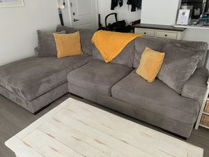 Gray 'Ashley Furniture' Right Facing Sofa Chaise for Sale in West Valley City, UT