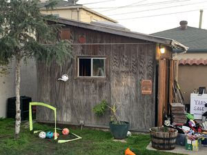Craftsmen Backyard Shed.$1000 for Sale in San Diego, CA