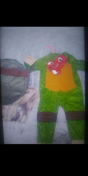 3 piece ninja turtle costume fits a 2t to 3t depending the size of child 🎃🎃 for Sale in Chicago, IL