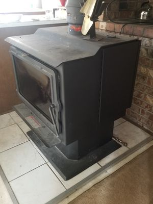 Wood stove + 2 cords wood for Sale in Lake Stevens, WA