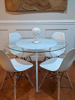 Modern White Tempered GlassTable Set w/ MCM Chairs for Sale in Schaumburg,  IL