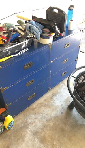 Dresser set for Sale in Rancho Cucamonga, CA
