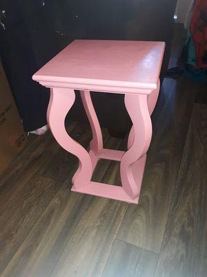 Little table for Sale in Phoenix, AZ
