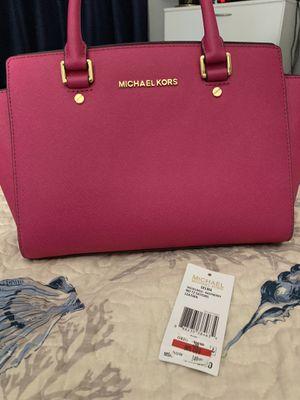 Michael kors purse for Sale in West Palm Beach, FL