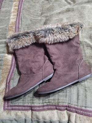 Brown fur boots for Sale in Albuquerque, NM