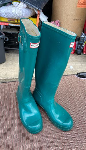 Hunter rain boots size 8 for Sale in Beaverton, OR