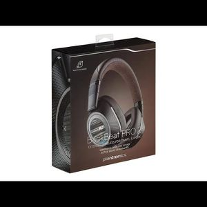 Plantronics Backbeat Pro 2 Bluetooth Wireless On-Ear Headphones with Mic - Noise-Canceling for Sale in McDonough, GA