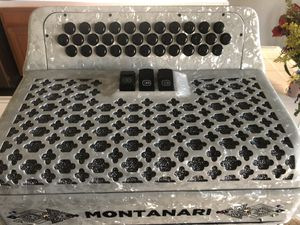 Accordion Montanari for Sale in Fresno, CA