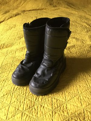 Kids WFS snow boots youth size 1 cold weather shoes for Sale in Tempe, AZ