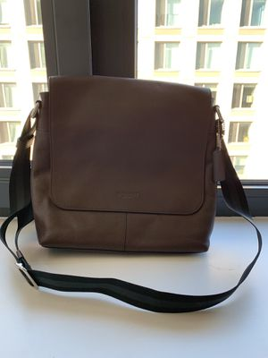 Brand New Coach F72362 Men's Charles Messenger Shoulder Crossbody Bag for Sale in Brooklyn, NY