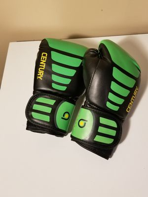 Century 6 oz. Boxing gloves for Sale in Westport, MA