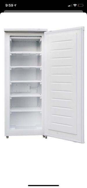 New freezer Upright Freezer (6.5 cu. ft.) is a space-saving, small upright freezer. It is the perfect fit for the garage, dorm or basement and can ho for Sale in Fresno, CA