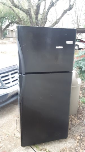 Refrigerator 4sale for Sale in Tyler, TX