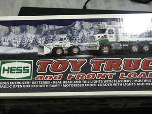 2008 HESS TOY COLLECTABLE TRUCK for Sale in Queens, NY