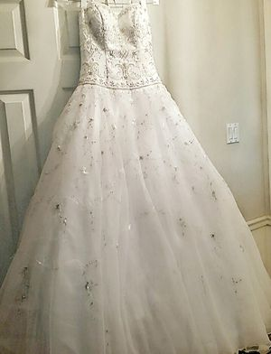 Wedding Dress for Sale in Lufkin, TX