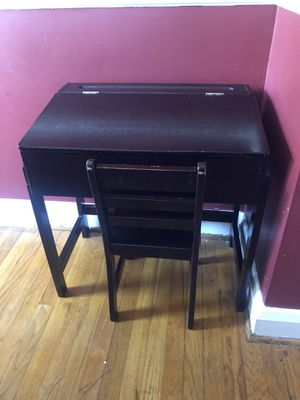 Kids Wooden Lift-top Desk and Chair Set for Sale in Baltimore, MD