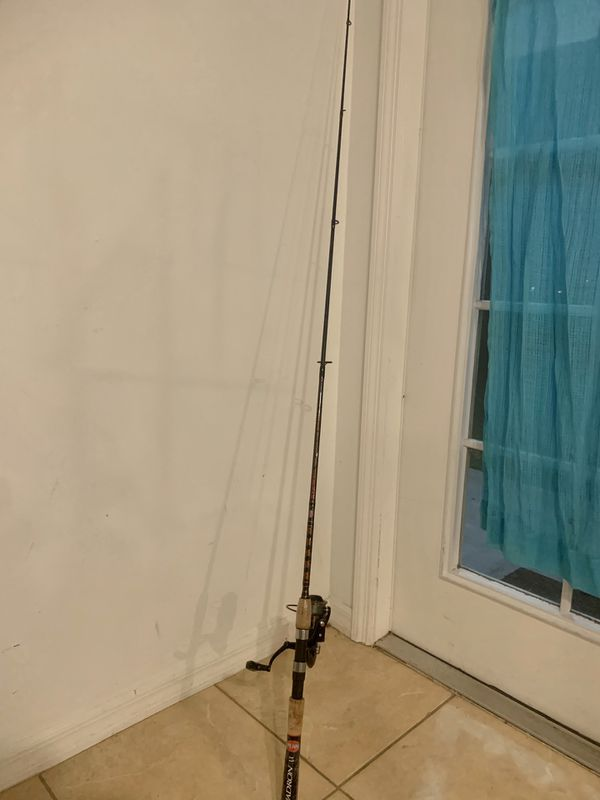 Fishing Bundle .. /Reel&Rod Combo /faceMask/CostaSunglasses/