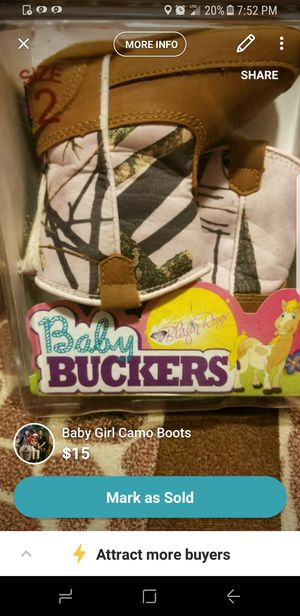Baby Girl Camo Boots for Sale in Weslaco, TX