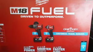 Milwaukee drill/driver set for Sale in Chico, CA