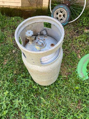 Please 40 lb gas cylinder for Sale in Nederland, TX