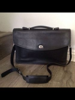 Vintage COACH Leather Briefcase Book Bag for Sale in Anaheim,  CA