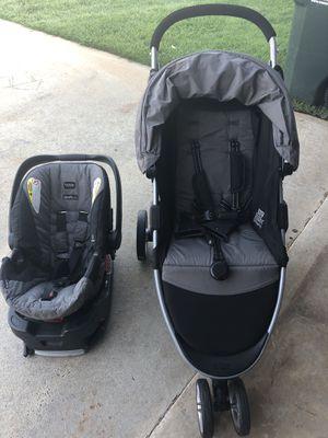 Britax stroller car seat and base combo. for Sale in Warner Robins, GA