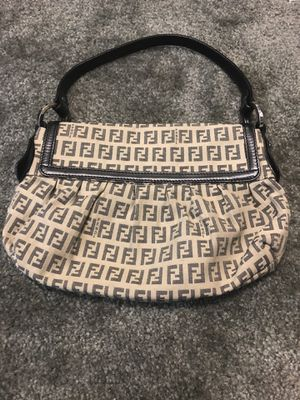 FENDI purse wallet handbag for Sale in Pompano Beach, FL
