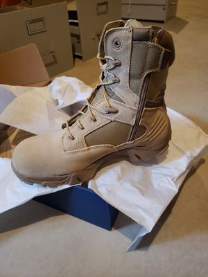 Steel toe boots for Sale in Arnold, MO