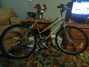 Antique Magna 10 speed Mountain bike for Sale in Denver, CO