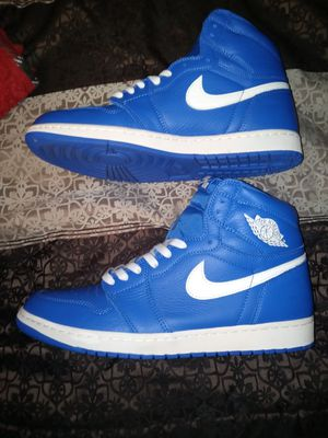 Jordan 1 Hyper Royal for Sale in Dearborn Heights, MI