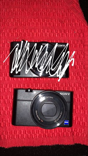 Sony dsc-rx100 camera for Sale in Baltimore, MD