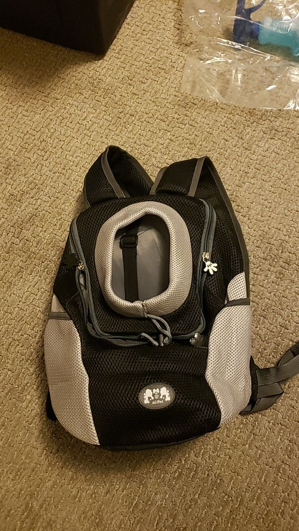 Dog or Cat Carrier Backpack Brand New