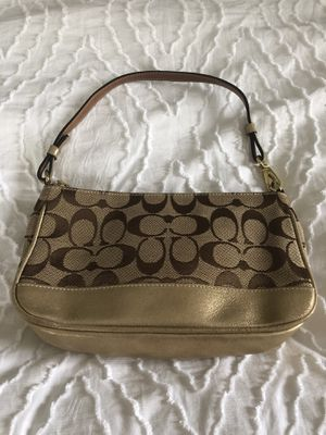 Coach handbag, gold and brown for Sale in Grosse Pointe Woods, MI