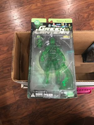 DC direct emerald shield Green Lantern action figure for Sale in Pickerington, OH