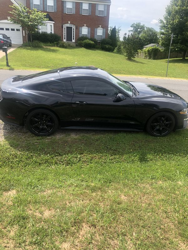 2018 Mustang rim and tires 17 inch