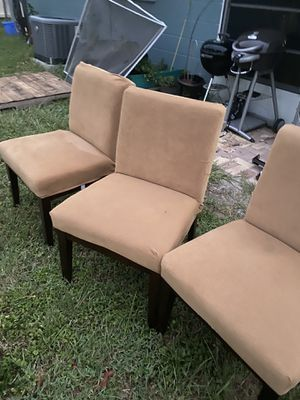 Free chairs 🪑 for Sale in St. Petersburg, FL