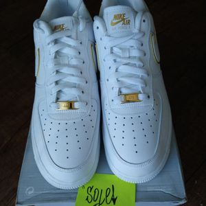 Nike Air Force 1 Icon White Gold for Sale in Henderson, NV