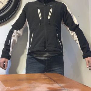 Jacket Denali Black And White Large for Sale in Naugatuck, CT