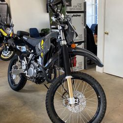 2021 SUZUKI DR-Z400S Dual Sport for Sale in Bellflower,  CA
