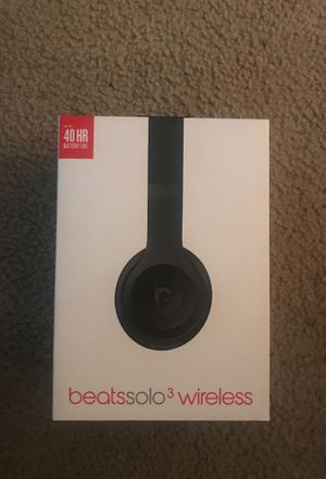 Wireless Beats Solo 3 **Negotiable for Sale in Takoma Park, MD