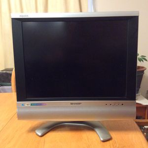 Sharp LCD TV - Model LC-20S5U for Sale in Eugene, OR