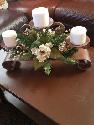Candle Holder Center Piece for Sale in Pico Rivera, CA