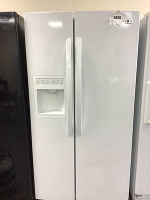 LG refrigerator 🚨20% off🚨 for Sale in Las Vegas, NV