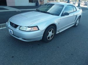 2004 Ford Mustang coupe V6 for Sale in Queens, NY