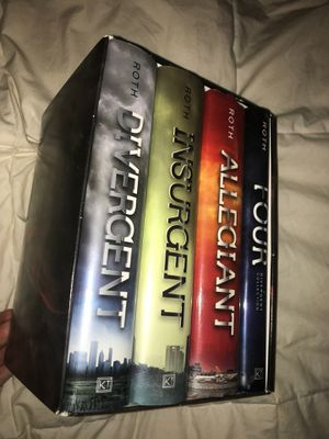 Divergent book collection for Sale in Lake Worth, FL