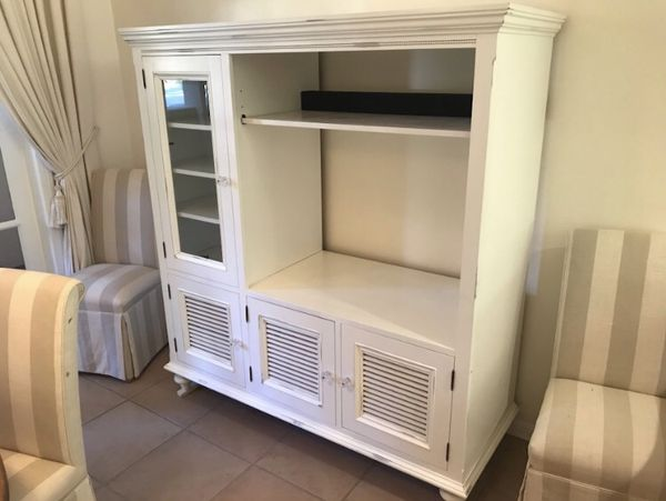 Kitchen / Dining Buffet Cabinet